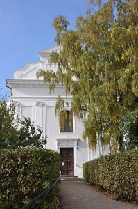 Pohled na kostel z října 2011. Foto: Ben Skála